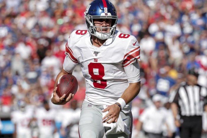 Giants-Buccaneers Week 3 Thoughts: Daniel Jones, Defense Get Game-Winning Gift