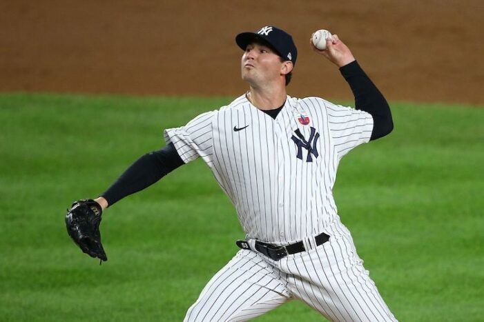 Yankees Podcast: Zack Britton Is Back, Brett Gardner Isn't (For Now)