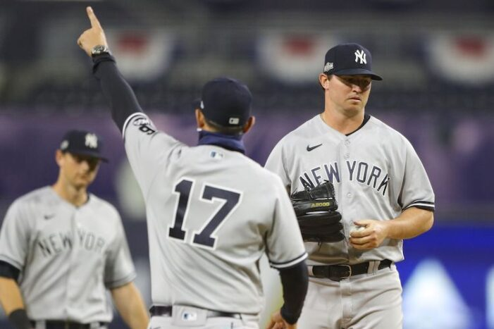 Yankees Podcast: I'm Sick of Injuries