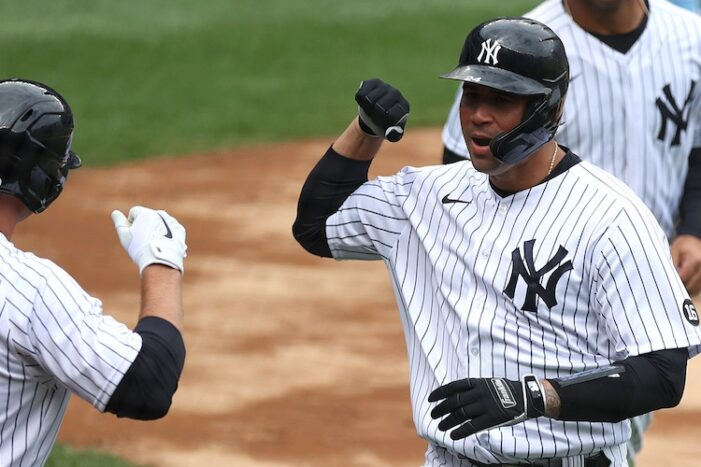 Yankees Podcast: Gary Sanchez Gets No Help in Miserable Opening Day Loss