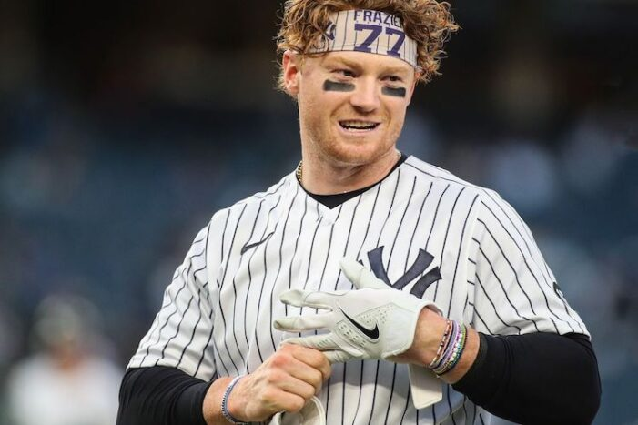 Yankees Podcast: A Win!